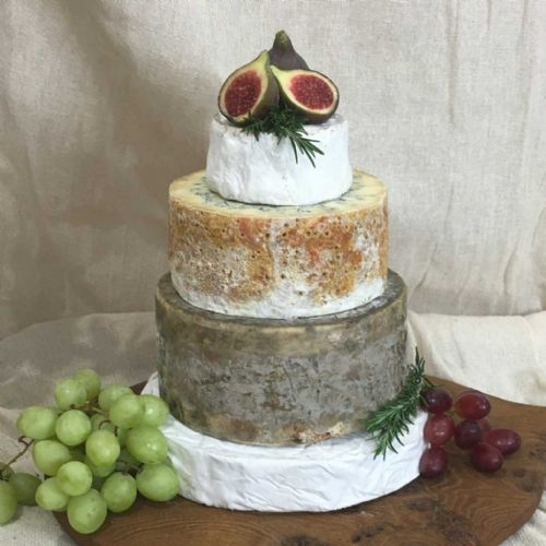 Jessica Wedding cheese cake, 4.45kg feeds 40 - 80 people
